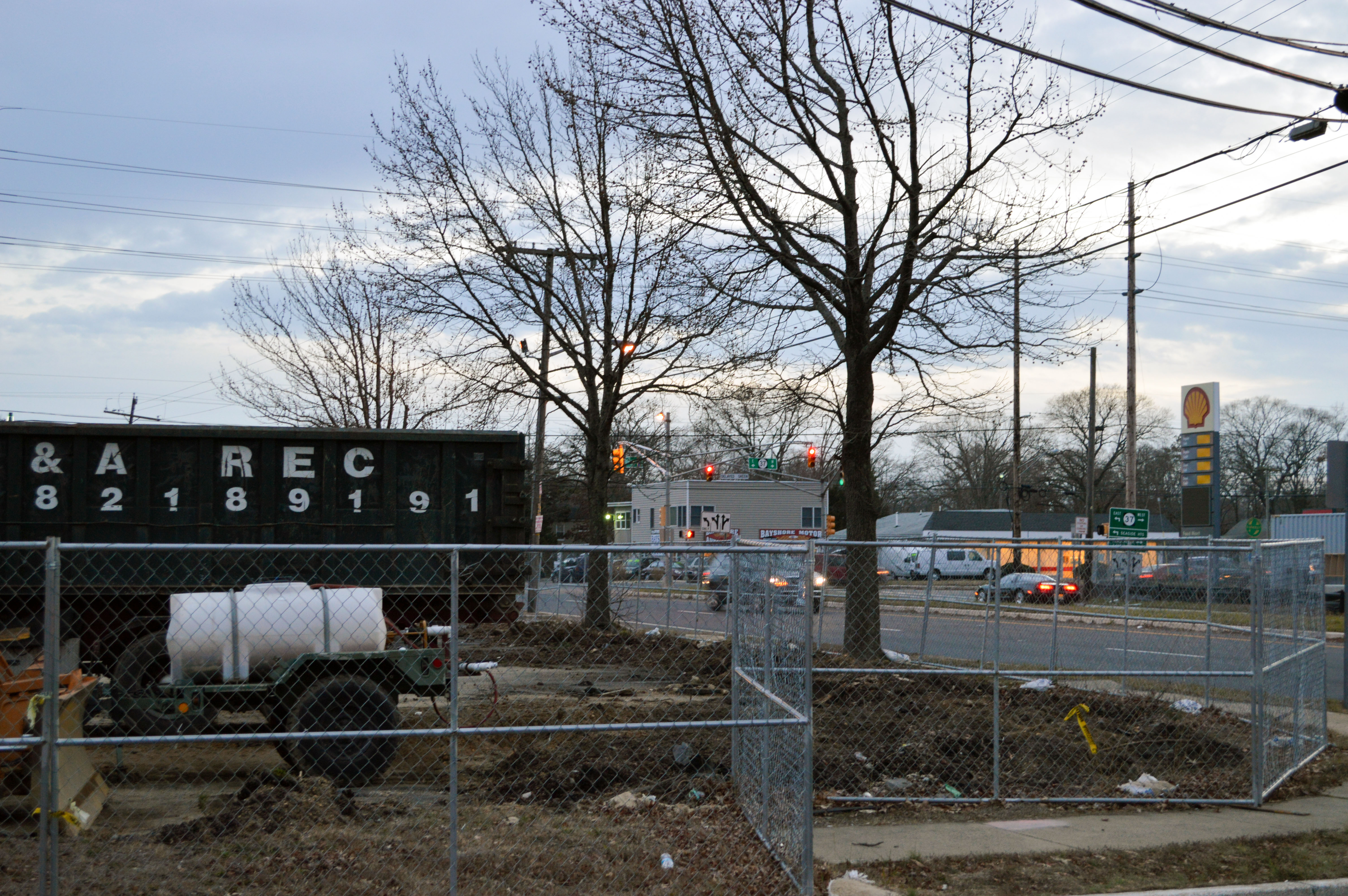 The site where a QuickChek convenience store and gas station is planned at Fischer Blvd. and Route 37, Toms River. (Photo: Daniel Nee)