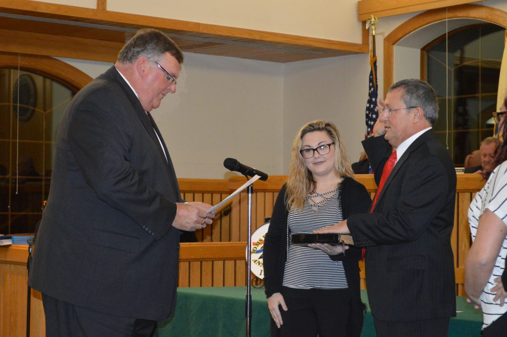 Councilman Al Manforti is sworn in as council president, Jan. 3, 2017. (Photo: Daniel Nee)