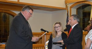 Councilman Al Manforti is sworn in as council president, Jan. 3, 2016. (Photo: Daniel Nee)