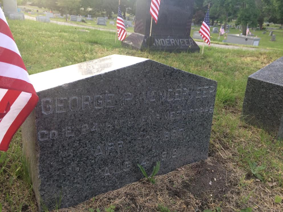 George Potter Vanderveer's gravesite in Toms River. (Photo: Catherine Galioto)