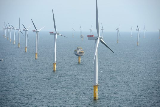 Offshore wind turbine. (Photo: Harald Pettersen/Statoil)
