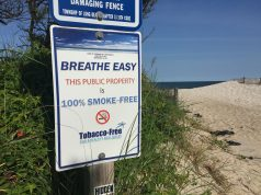 No smoking sign at a local beach. (Photo: Daniel Nee)