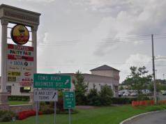 Crossroads Plaza/Center in Toms River. (Credit: Google Maps)