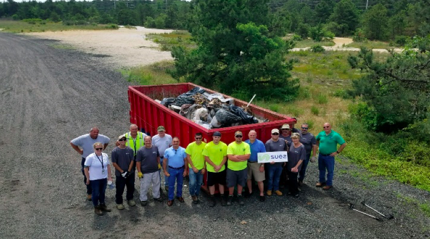 Volunteers and Clean Communities personnel clean over 5 tons of trash for the Barnegat Bay blitz on June 7, 2019. (Photo: Toms River Township)