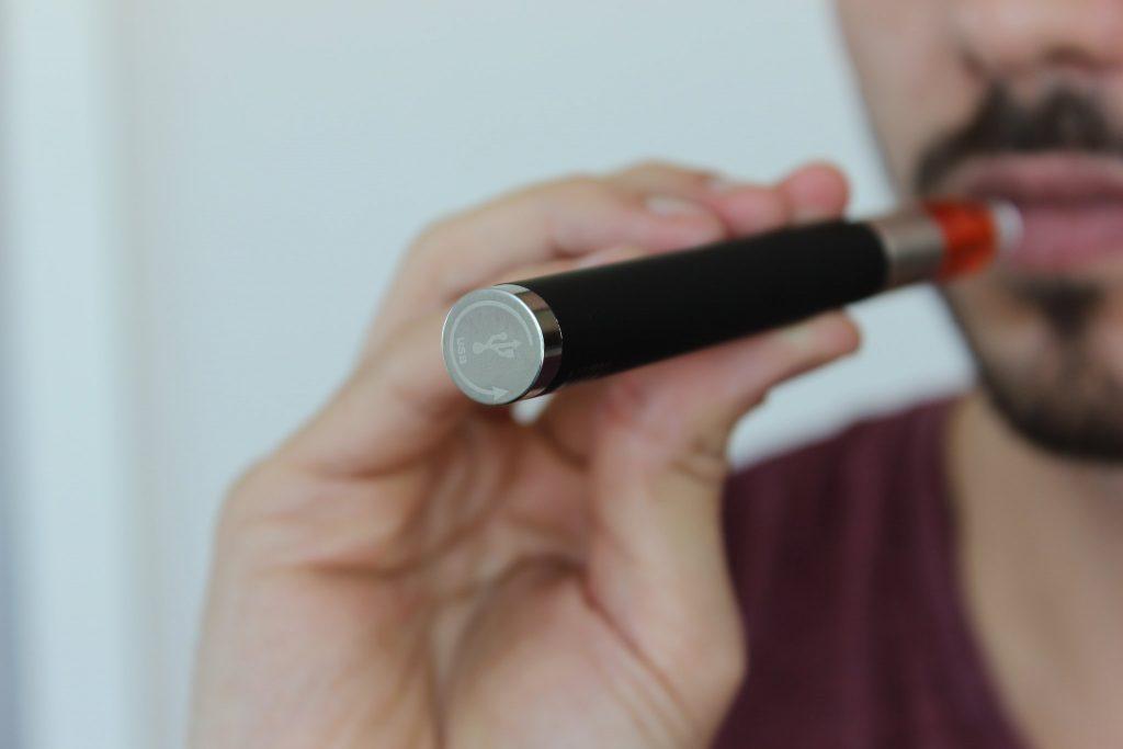 Vape Pen (Credit: Lindsay Fox/ Flickr)