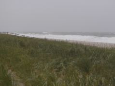 The outer brush of Hurricane Dorian touches the Jersey Shore. (Photo: Daniel Nee)