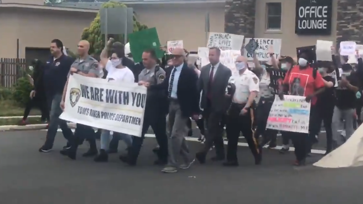 Toms River police and protesters march together, Tuesday, June 2, 2020. (Credit: brian4nyTwitter)