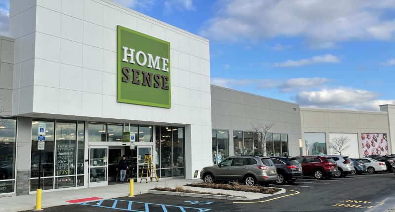 HomeSense at the Ocean County Mall. (Photo: Daniel Nee)