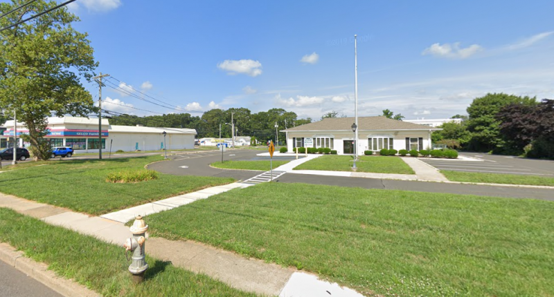 1290 Hooper Avenue, Toms River, where a Starbucks coffee shop was approved. (Credit: Google Maps)