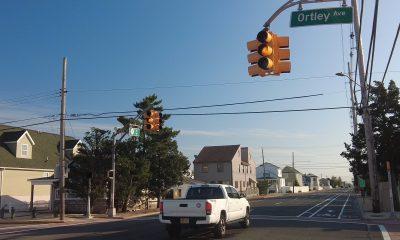 A traffic light blinks at Ortley Avenue in Lavallette, Oct. 16, 2021. (Photo: Daniel Nee)